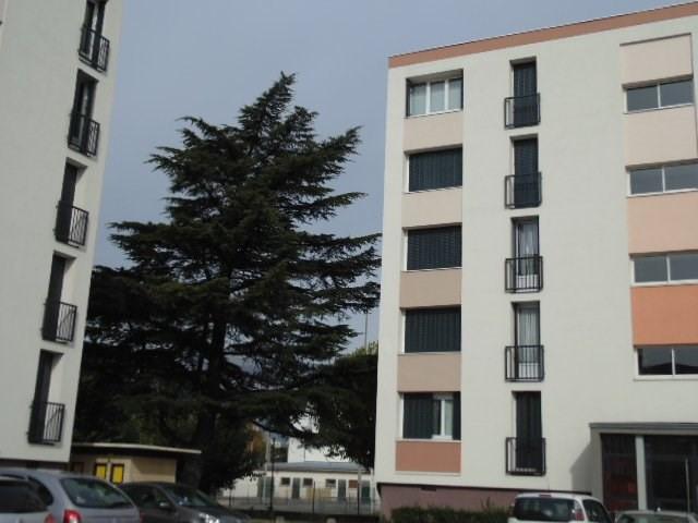Sale apartment Saint-martin-d'hères 109000€ - Picture 3