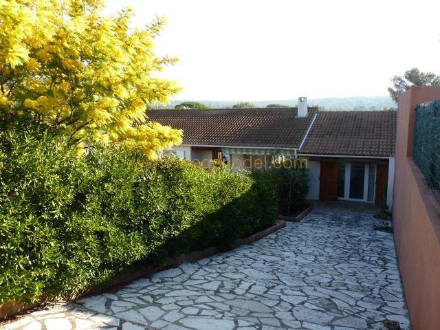casa Roquebrune-sur-argens 280000€ - Fotografia 9
