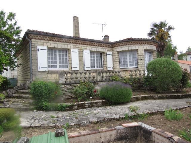 Vente maison / villa Saint-jean-d'angély 174900€ - Photo 1