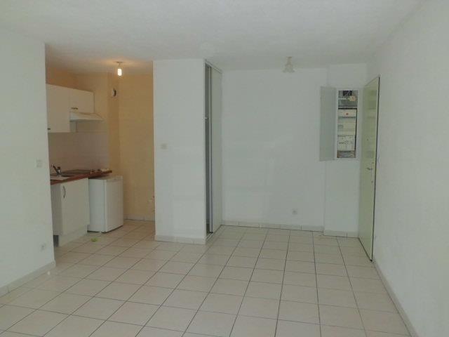 Rental apartment Grisolles 480€ CC - Picture 2