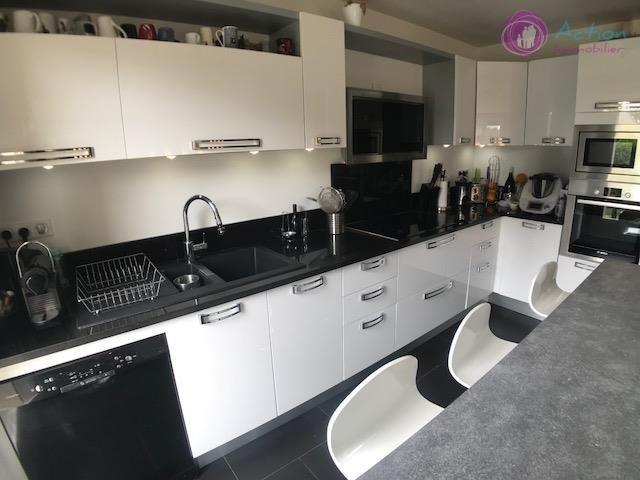 Sale house / villa Lesigny 450000€ - Picture 7