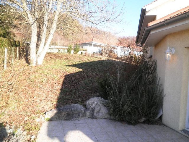Location maison / villa Cessieu 899€ +CH - Photo 7