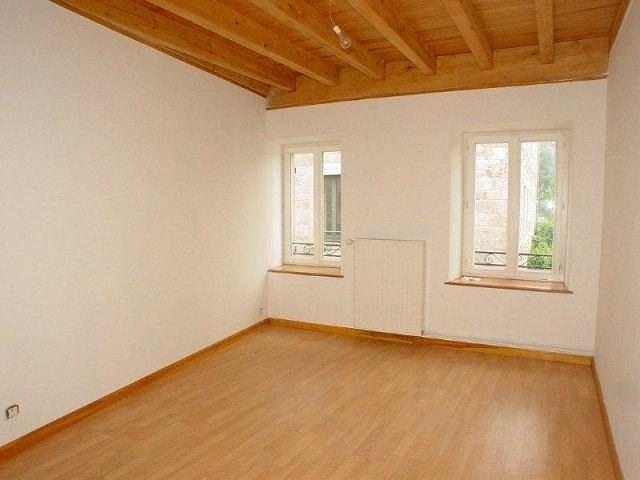 Rental house / villa Montfaucon en velay 357€ CC - Picture 1