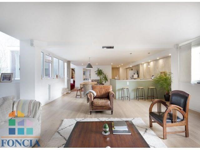Deluxe sale apartment Suresnes 925000€ - Picture 2