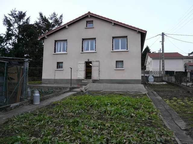 Venta  casa Unieux 168000€ - Fotografía 1