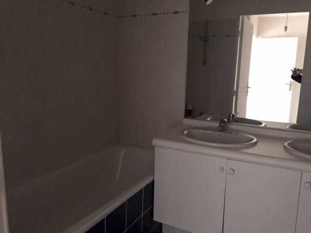 Location appartement Marseille 13ème 710,27€ CC - Photo 7