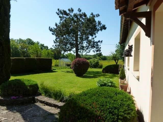 Vente maison / villa Romenay 199000€ - Photo 4