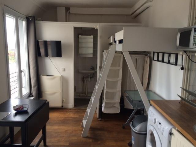 Location appartement Paris 18ème 695€ CC - Photo 3
