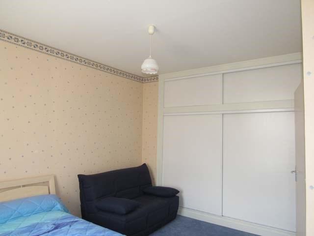 Sale house / villa Saint jean d'angély 249100€ - Picture 4