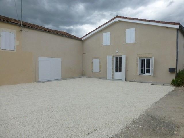 Rental house / villa Saint-denis-du-pin 560€ CC - Picture 1