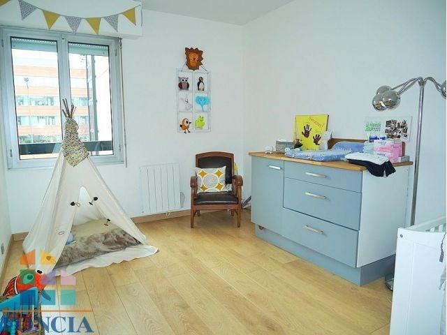 Rental apartment Suresnes 1808€ CC - Picture 8