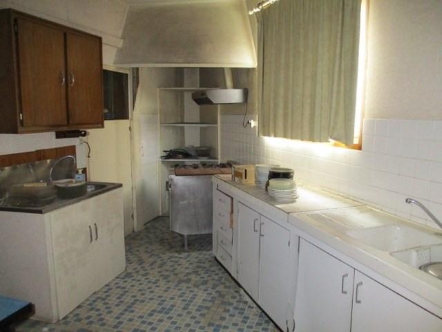 Sale house / villa Saint-jean-d'angély 97000€ - Picture 5