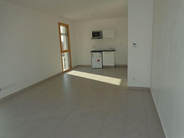 Location appartement Villeurbanne 814€ CC - Photo 5