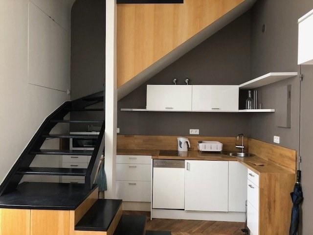 Rental apartment Paris 16ème 1360€ CC - Picture 1