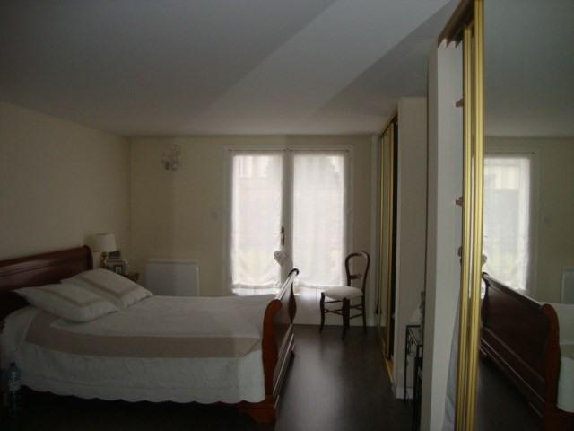 Vente maison / villa Saint-jean-d'angély 284850€ - Photo 8
