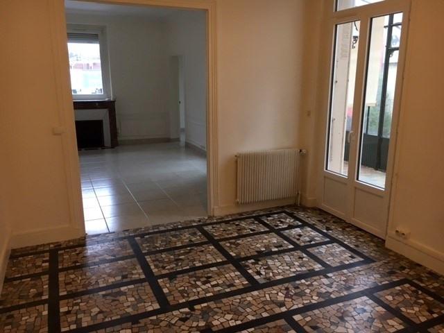 Rental apartment Garches 1600€ CC - Picture 1