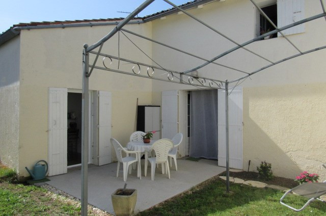 Vente maison / villa Archingeay 148 500€ - Photo 2