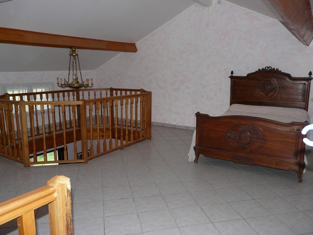 Vendita casa Saint-genest-lerpt 299000€ - Fotografia 10