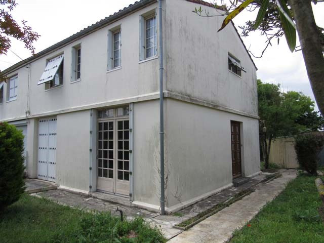 Vente maison / villa Saint-jean-d'angély 80250€ - Photo 2