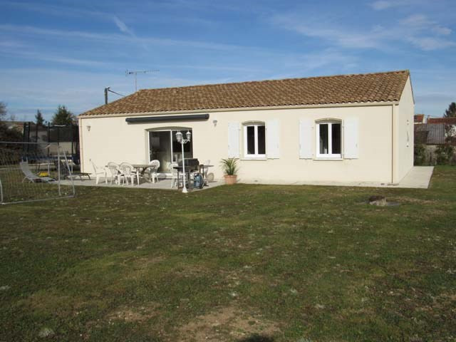 Sale house / villa Cherbonnières 154800€ - Picture 1