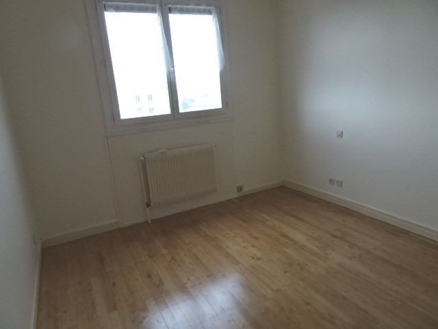 Location appartement Villefranche sur saone 650€ CC - Photo 4