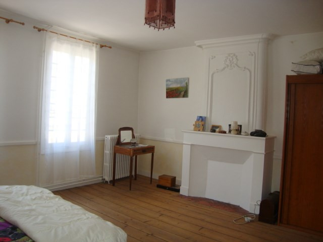 Vente maison / villa Saint-jean-d'angély 227900€ - Photo 7