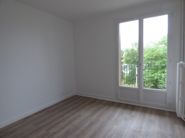 Location appartement Houilles 1 090€ CC - Photo 3