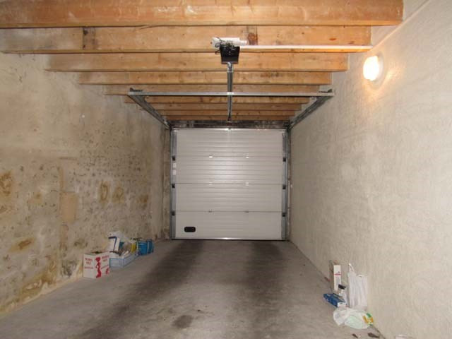 Vente parking Saint-jean-d'angély 66 600€ - Photo 3
