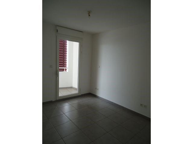 Location appartement Ste clotilde 540€ CC - Photo 3