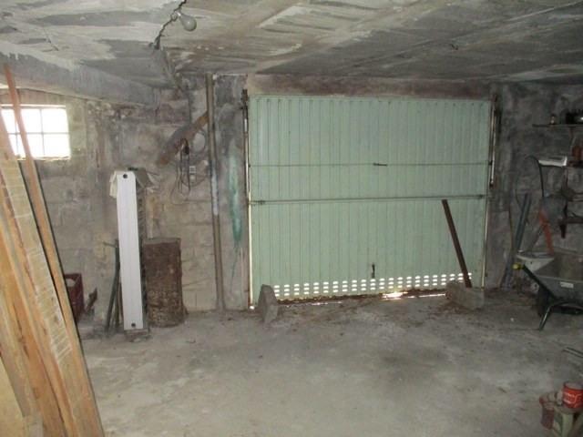 Sale house / villa Saint-jean-d'angély 97000€ - Picture 8