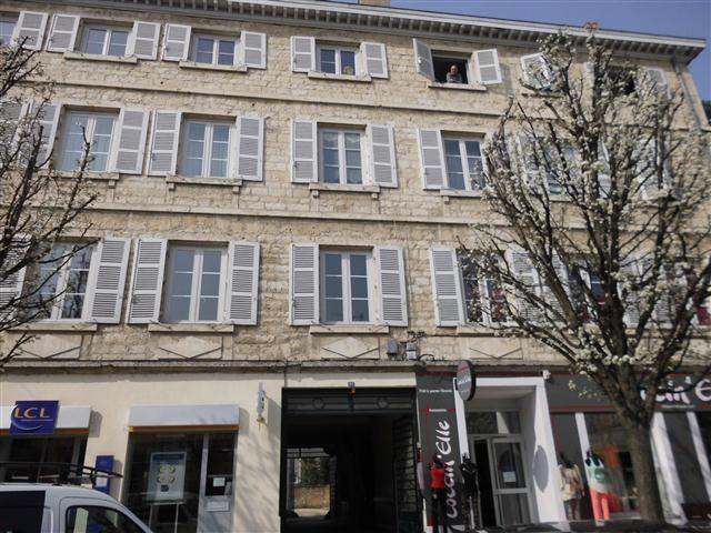 Location appartement Villefranche sur saone 532€ CC - Photo 1