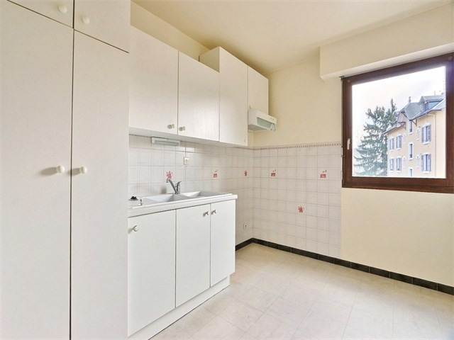Rental apartment Annecy 1 250€ CC - Picture 4