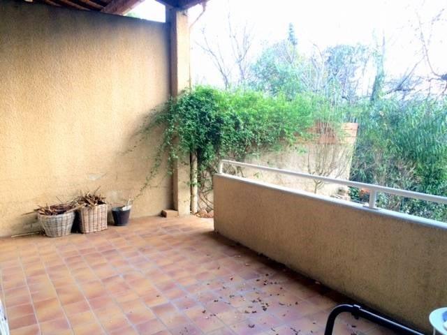 Location maison / villa Villeneuve-les-avignon 920€ CC - Photo 2