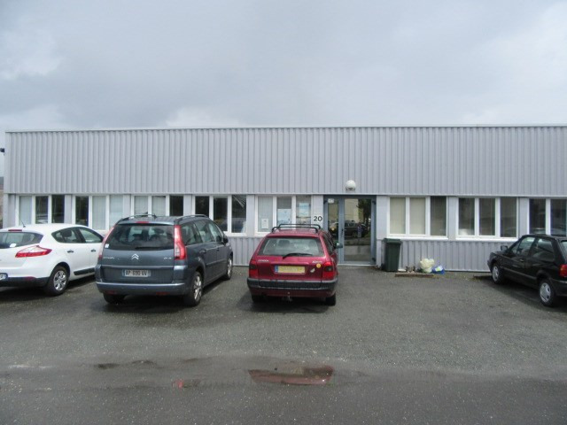 Location local commercial Perigueux 1350€ CC - Photo 1
