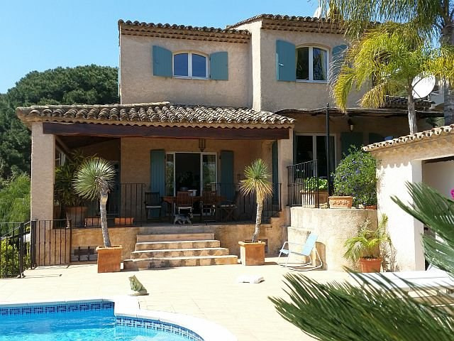 Deluxe sale house / villa Sainte-maxime 1 630 000€ - Picture 2