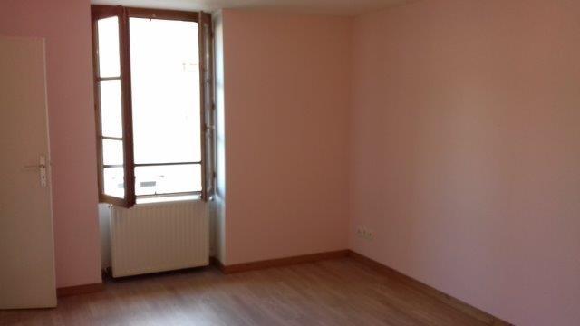 Revenda casa Sury-le-comtal 89000€ - Fotografia 5