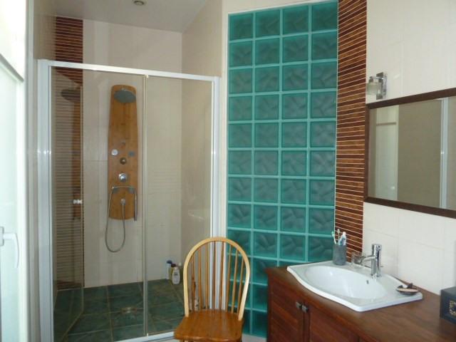 Sale apartment Paris 10ème 930000€ - Picture 8