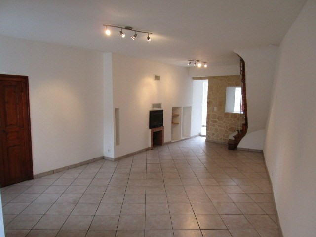 Location maison / villa St lo 550€ CC - Photo 2