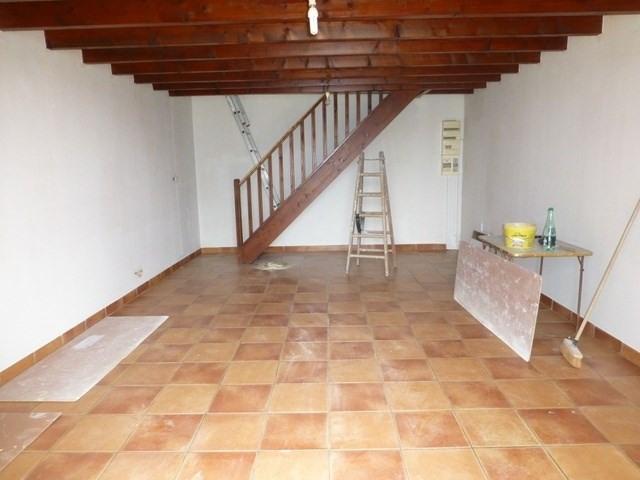 Rental house / villa Saint-hilaire-de-villefranche 550€ +CH - Picture 2