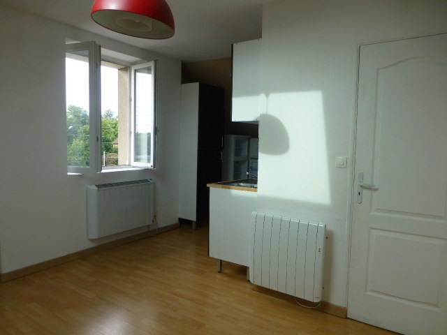 Location appartement Bonnières-sur-seine 590€ CC - Photo 1