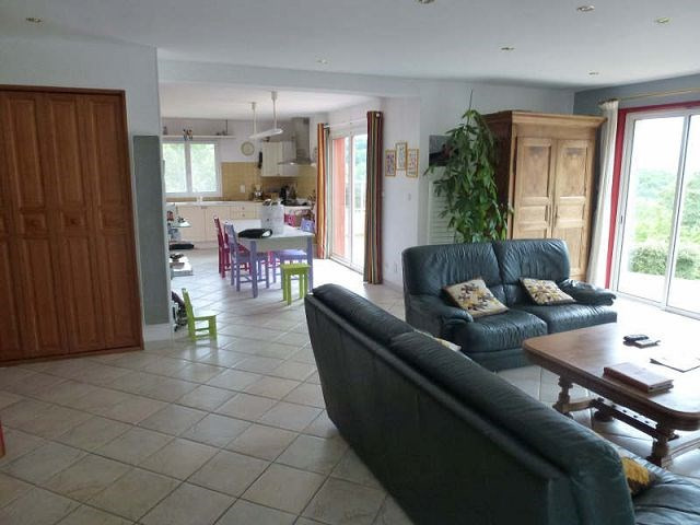 Vente maison / villa Beausemblant 387000€ - Photo 7