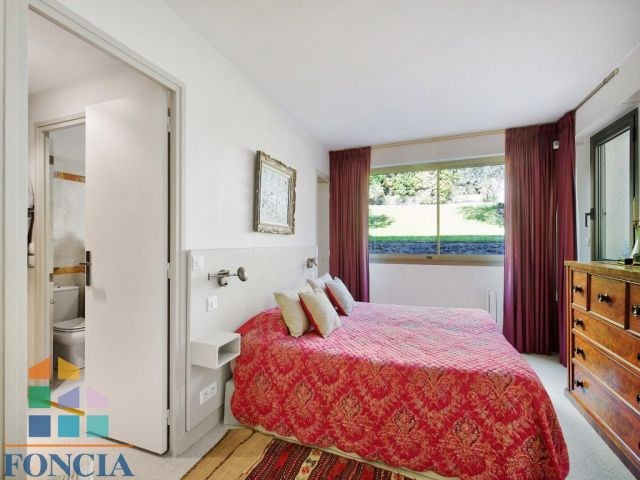 Sale apartment Suresnes 745000€ - Picture 10