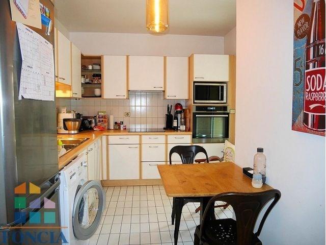 Rental apartment Suresnes 1808€ CC - Picture 5