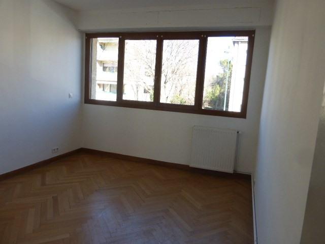 Location appartement Aix en provence 1336€ CC - Photo 4