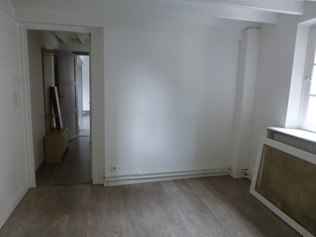 Location appartement Mantes-la-jolie 790€ CC - Photo 12