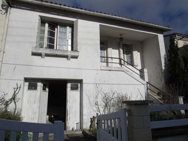 Vente maison / villa Saint-jean-d'angély 69750€ - Photo 1
