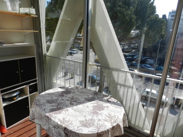 Location vacances appartement La grande motte 364€ - Photo 5