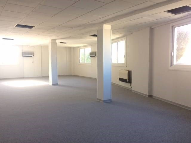 Location local commercial Avignon 1 710€ CC - Photo 2