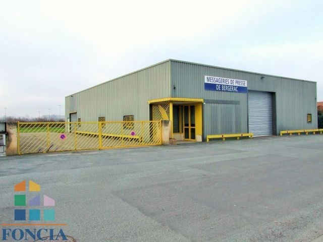 Sale hangar Creysse 306000€ - Picture 2