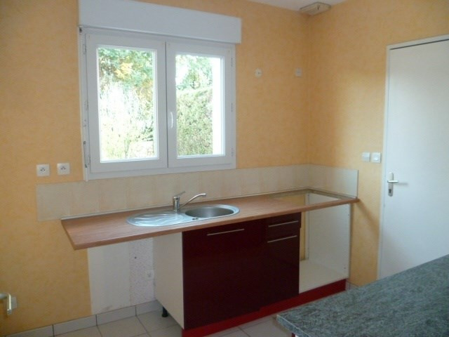 Location maison / villa Floirac 900€cc - Photo 3